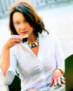 I OFFER A WIDE SELECTION OF EROTIC SERVICES -MADURA-VILLALBA